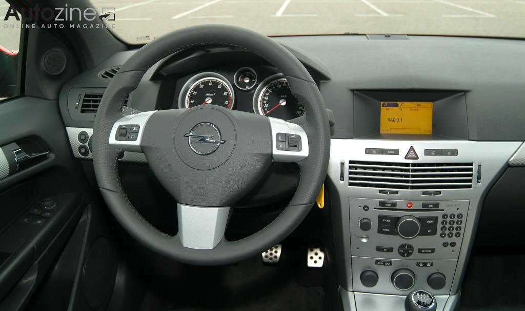 Autozine - Bildergalerie: Opel Astra GTC (2005 - 2011) (8 / 9)